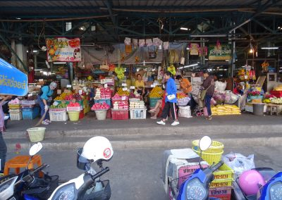 early morning market in uttaradit (12)