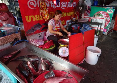 early morning market in uttaradit (6)
